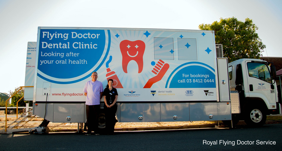 Royal_Flying_Doctors_Dental_Clinic_Dr-John-Carrol-and-Dental-Assistant-Steffi-Cowell