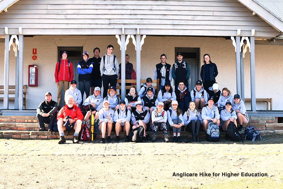 Anglicare-Hike-for-Higher-Education